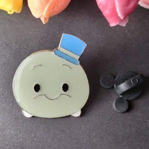 4/$25 Disney Pinocchio Jimmy Cricket pin